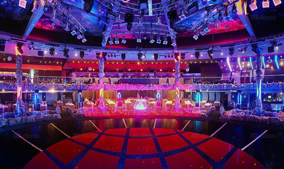 Фото шоу холл атмосфера