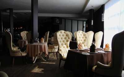Банкетный зал ресторана Бали на улице Савушкиной фото 2