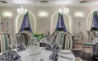 Банкетный зал ресторана Le Restaurant на Малом проспекте П.С.