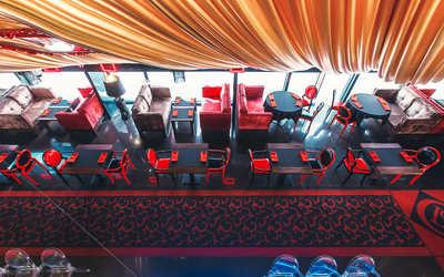 Банкетный зал бара, ресторана Глосс Кафе (Gloss cafe) на Невском проспекте