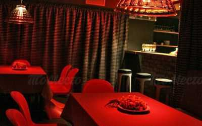 Банкетный зал ресторана, стейк-хауса Коровабар (Korovabar) на Караванной улице
