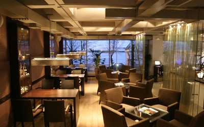 Банкетный зал ресторана More. Yachts & Seafood в Петровской косе фото 2