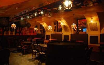 Банкетный зал бара Барслона на улице Рубинштейна