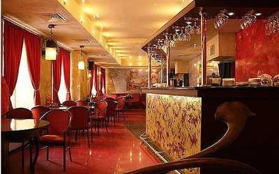 Банкетный зал кафе, ночного клуба Дали кафе (Dali Cafe) в Спасском переулке