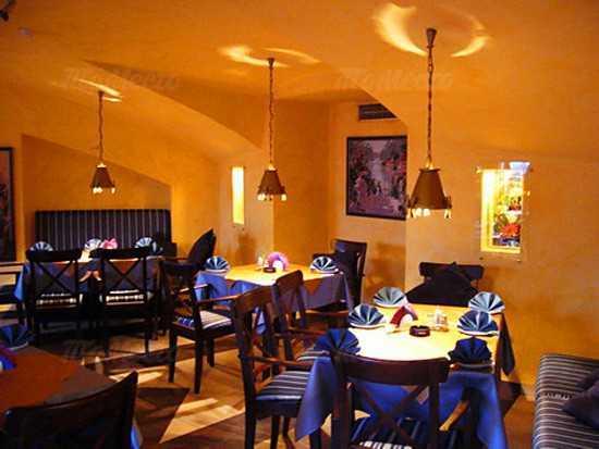 Меню кафе, ресторана Багатель (Bagatelle) на Большой Конюшенной улице