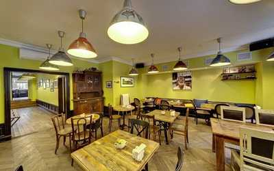 Банкетный зал бара, ресторана Баранка (Baranka) на улице Чапаева фото 3