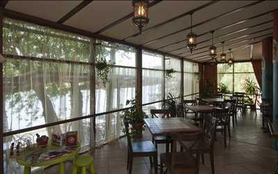 Банкетный зал ресторана Барон Мюнхгаузен в набережной Мартыновой