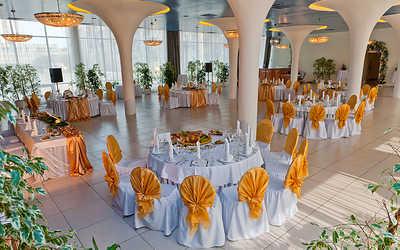 Банкетный зал ресторана Юбилей (Ubiley) на Свердловской набережной