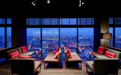 Банкетный зал бара Sky Bar (Скай Бар) на Лермонтовском проспекте