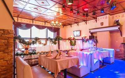 Банкетный зал пивного ресторана Вацлав Замок на Дибуновской улице фото 1
