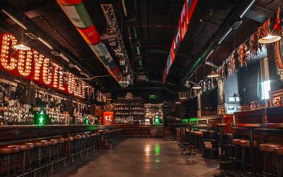 Банкетный зал бара Гадкий Койот (Сoyote Ugly) на Литейном проспекте фото 2