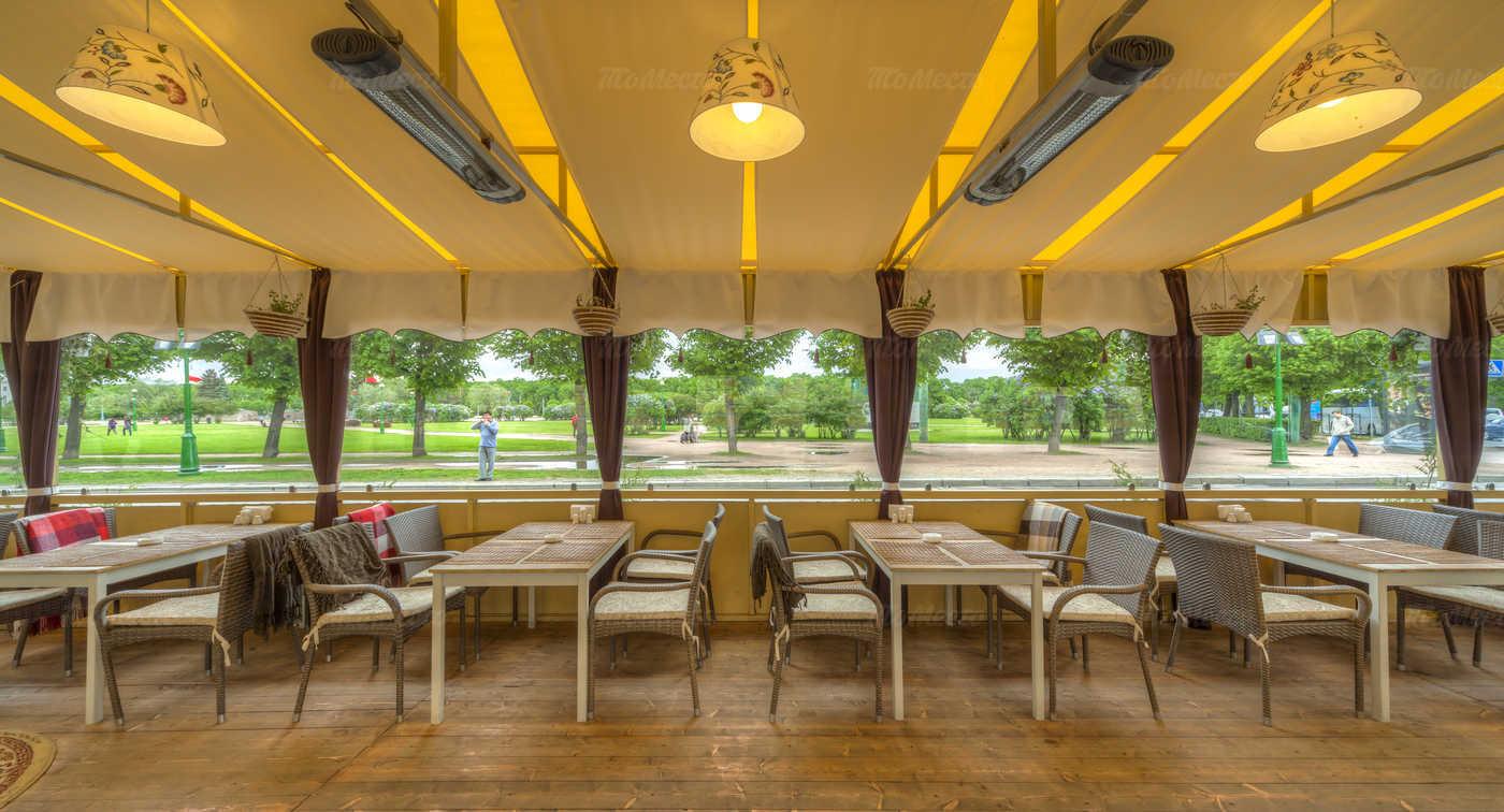 Меню ресторана Гастроном на набережной реки Мойки