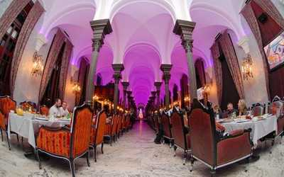 Банкетный зал ресторана Гимназия на Конногвардейском бульваре