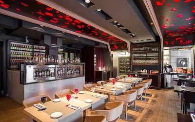 Банкетный зал ресторана Simple Wine (бывш. Grand Cru) на набережной реки Фонтанки фото 3