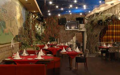 Банкетный зал ресторана Леон на улице Бабушкиной