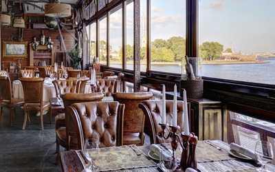Банкетный зал ресторана Летучий голландец на Мытнинской набережной фото 3