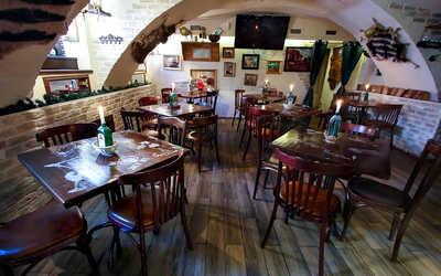 Банкетный зал бара, кафе Енот Бар (бывш. Milana bar) на Фурштатской улице