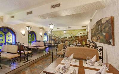 Банкетный зал ресторана Пиросмани (Pirosmani) на Большом проспекте П.С.