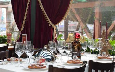 Банкетный зал пивного ресторана Максимилиан Браухаус (Maximilian Brauhaus) на улице Савушкиной фото 1