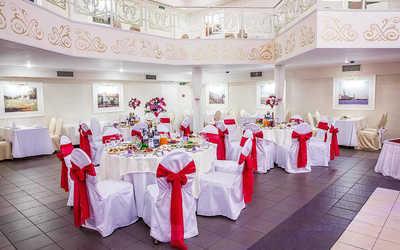 Банкетный зал ресторана Браво-Лаудес! (Bravo-Laudes!) на проспекте Испытателей фото 1