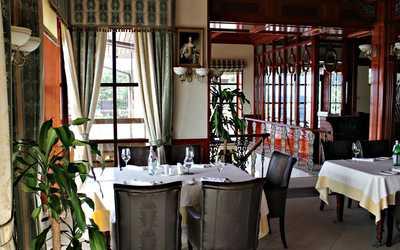 Банкетный зал ресторана Гольфстрим на Приморском шоссе