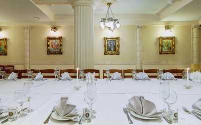 Банкетный зал кафе, ресторана Красное колесо в 2-м Муринском пр-кт
