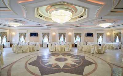 Банкетный зал ресторана Невская жемчужина на проспекте Обуховской Обороны фото 2
