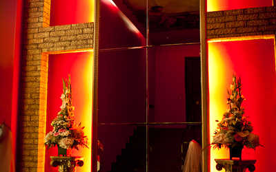 Банкетный зал ночного клуба Моцарт (Mozart) на улице Верности