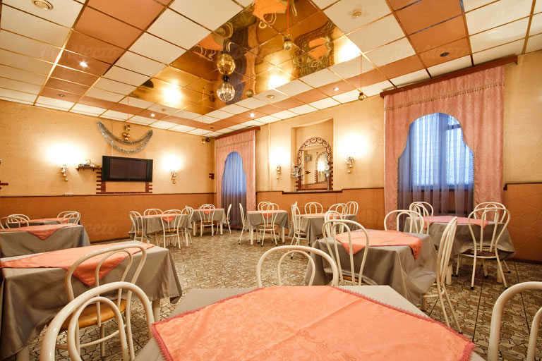 Меню бара, кафе У Нарвских ворот на проспекте Стачек