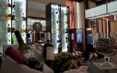 Банкетный зал кафе, ресторана Семейный очаг на бульваре Новаторов фото 3