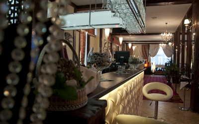 Банкетный зал кафе, ресторана Семейный очаг на бульваре Новаторов