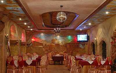 Банкетный зал ресторана Долина на бульваре Красных Зорь фото 3