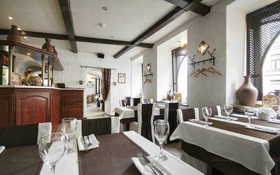Банкетный зал ресторана Кавказ Бар на Караванной улице фото 3