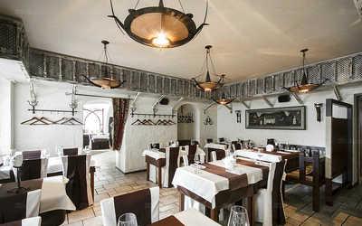 Банкетный зал ресторана Кавказ Бар на Караванной улице фото 2
