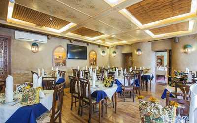 Банкетный зал ресторана Караван-сарай на улице Некрасова фото 1