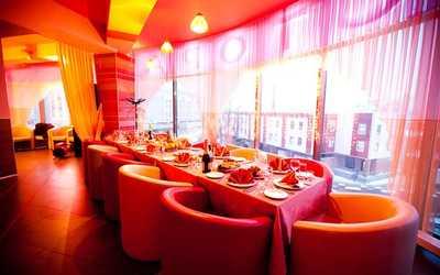 Банкетный зал ресторана Карамель на Херсонской улице