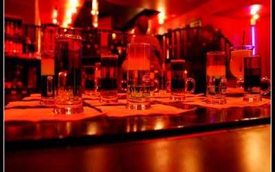 Банкетный зал бара, ночного клуба Держись (DERЖИСЬ) на улице Маяковского