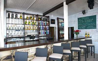 Банкетный зал ночного клуба, ресторана Saint-Tropez beach club на Южной дороге фото 3