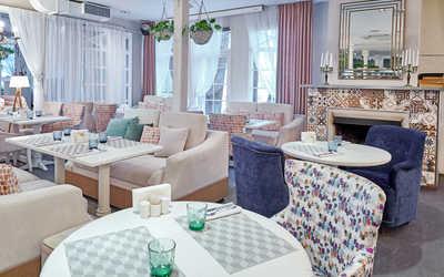 Банкетный зал ресторана SunDay (Сандэй) на Южной дороге