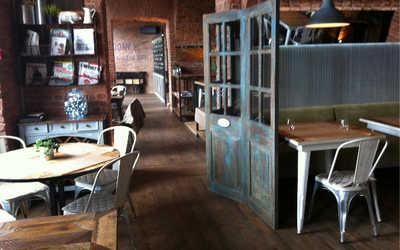 Банкетный зал ресторана Белуга в набережной Макаровой фото 3