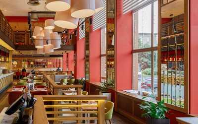 Банкетный зал ресторана Italy на Московском (Итали) на площади Чернышевского фото 2