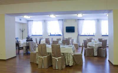 Банкетный зал ресторана Лесной воздух на улице Грибоедовой