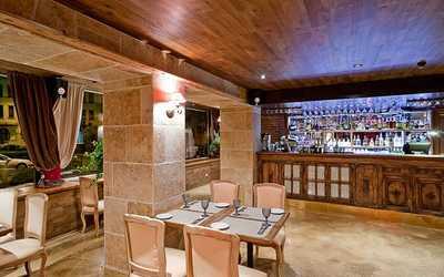 Банкетный зал ресторана Ноль, семьдесят пять (0,75) на Петроградской набережной