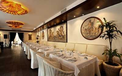 Банкетный зал ресторана Ла Маре (La Maree) на Суворовском проспекте