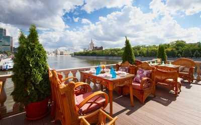 Банкетный зал ресторана Генацвале Сити (Генацвале City) на Краснопресненской набережной