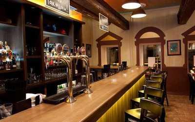 Банкетный зал бара, кафе Томат (Tomat) на Николоямской улице фото 2