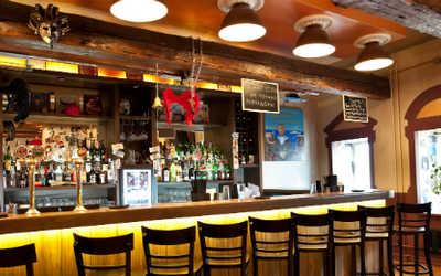 Банкетный зал бара, кафе Томат (Tomat) на Николоямской улице