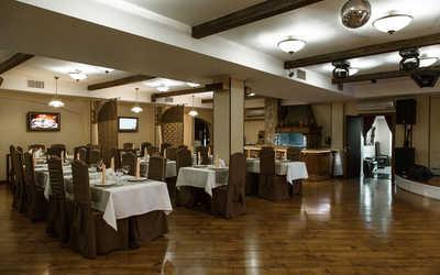 Банкетный зал ресторана Каре (Kare) на улице Дмитрия Ульянова фото 1
