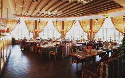 Банкетный зал бара, ночного клуба, ресторана Марадона (Maradona) на Саввинской набережной фото 1