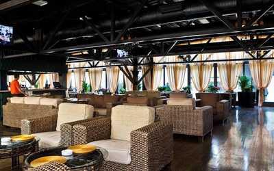 Банкетный зал бара, ночного клуба, ресторана La Terrasse на площади Киевского Вокзала